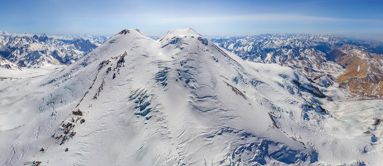 Эльбрус и горы Центрального Кавказа - AirPano.ru • 360 Градусов Аэрофотопанорамы • 3D Виртуальные Туры Вокруг Света