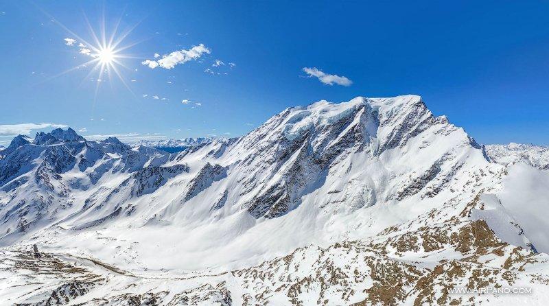 Вершина Донгуз-Орун, высота 4454 метра